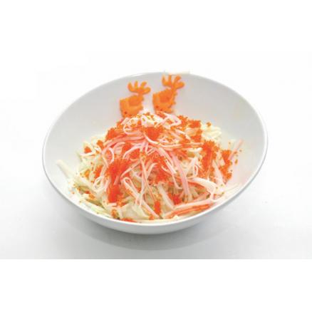 E6 Crabe aux oeufs de poisson volant sur salade de chou